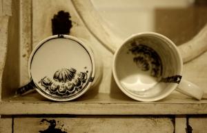Sun Ae Kim-Tea Strainer Mug02